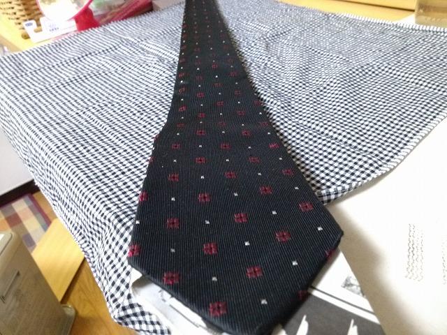 ネクタイ よれなおし