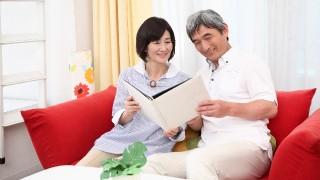 定年退職後の生き方、生活イメージは妻の方がネガティブ思考か
