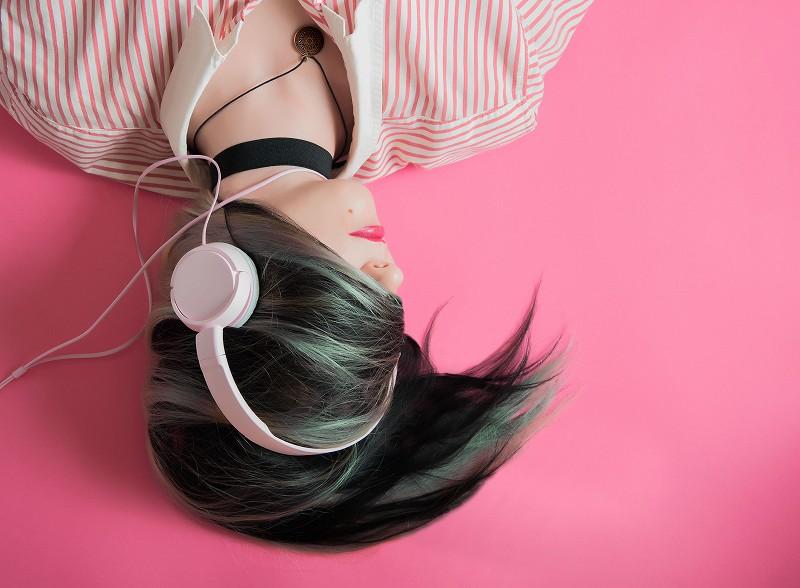 音楽 聞く