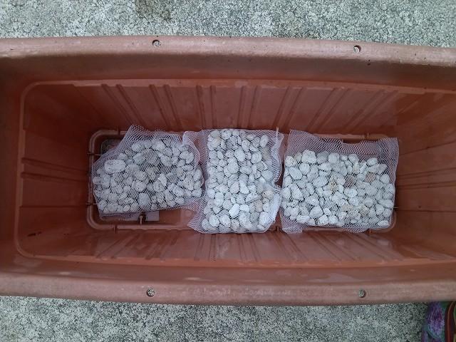 枝豆プランター 鉢底石 敷く