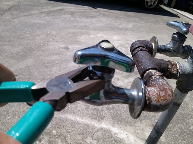 水道 蛇口 DIY修理
