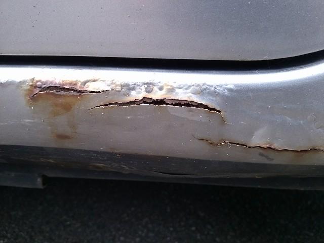 車 サビ 傷