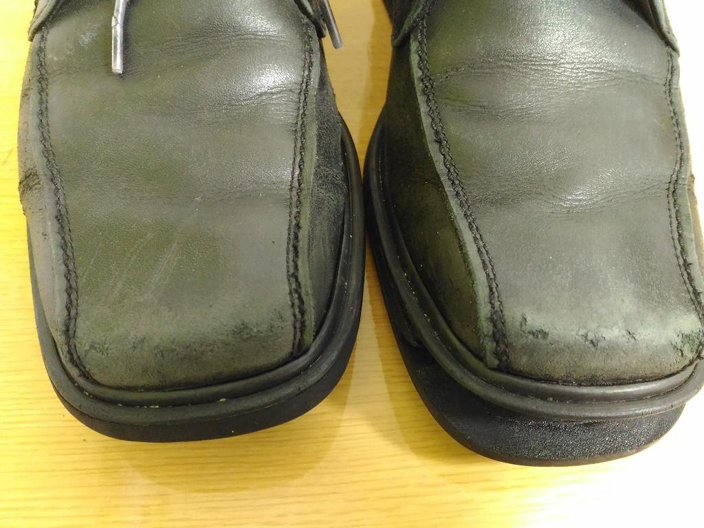 黒い革靴 色落ち つまさき